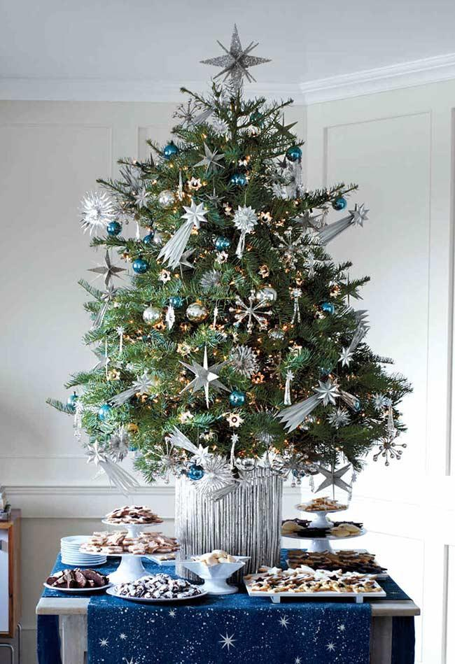 A super starry tabletop tree