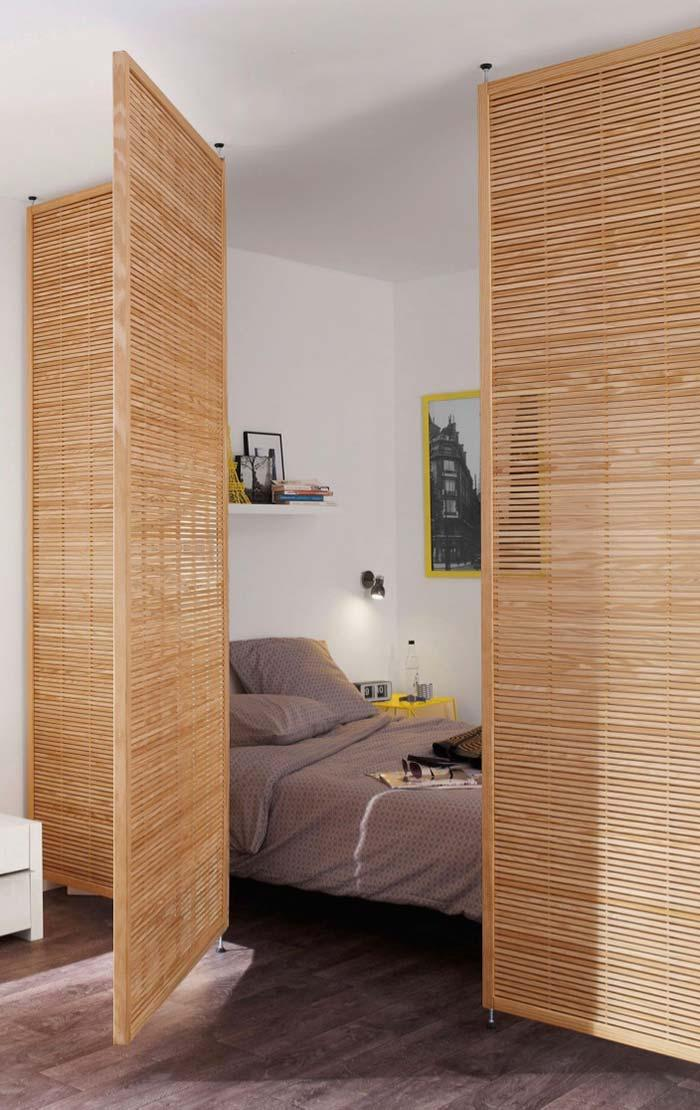 Wood slatted partition