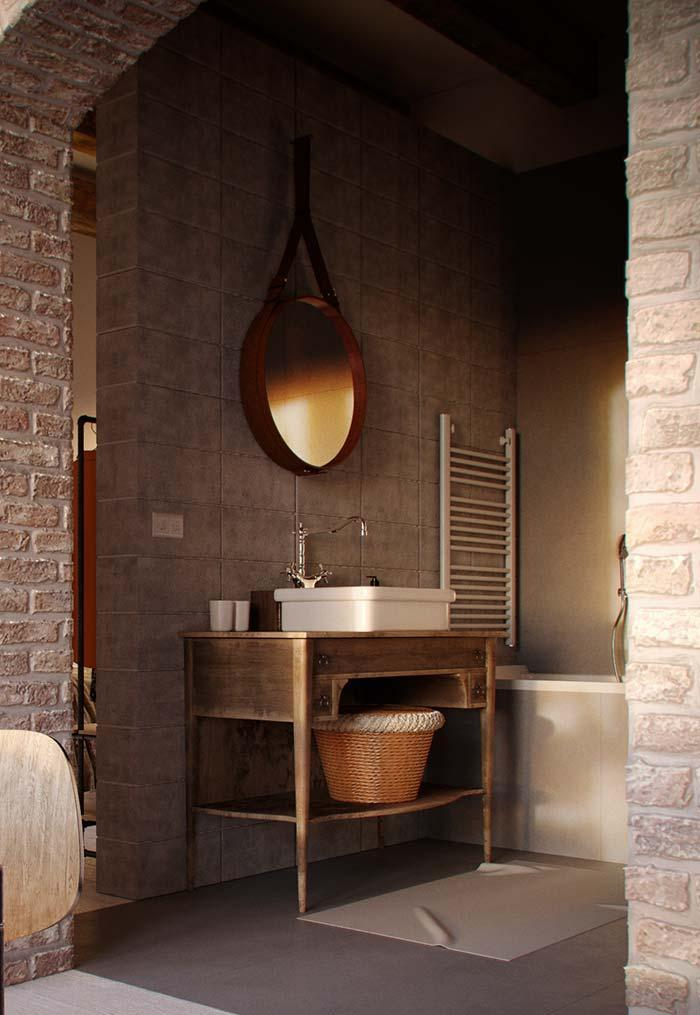 Classic bathroom with table used