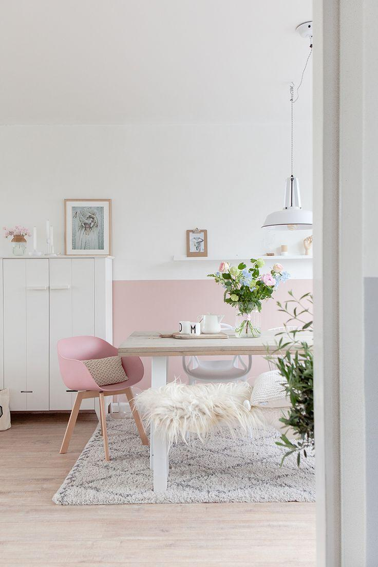 White and light pink as a base in decoration