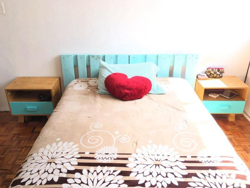 Pallet headboard: 60 creative ideas to use the item in the decoration 1