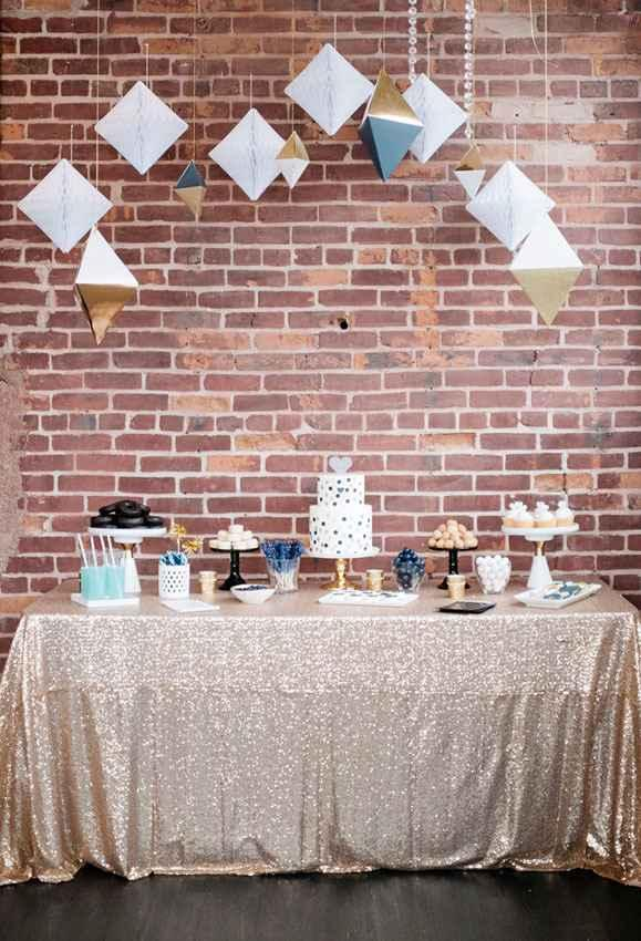Golden wedding decoration: 60 ideas with photos to inspire 49