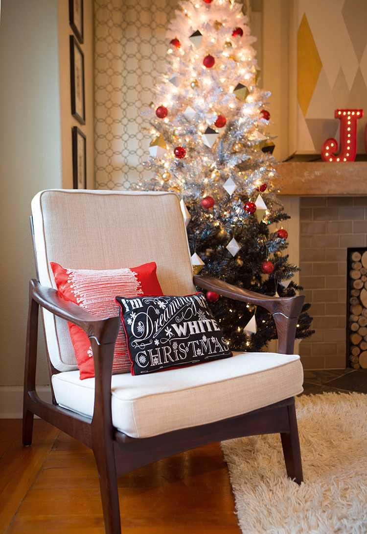 Christmas Cushions: 60 Decorating Ideas and How to Make 41