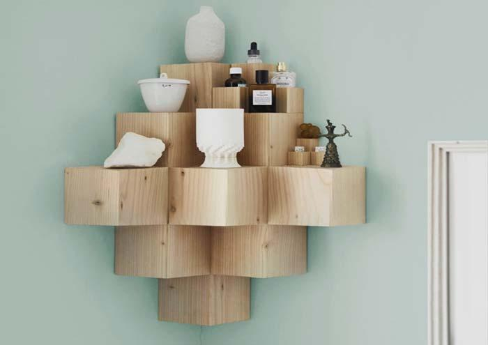 Creative idea: wooden shelf