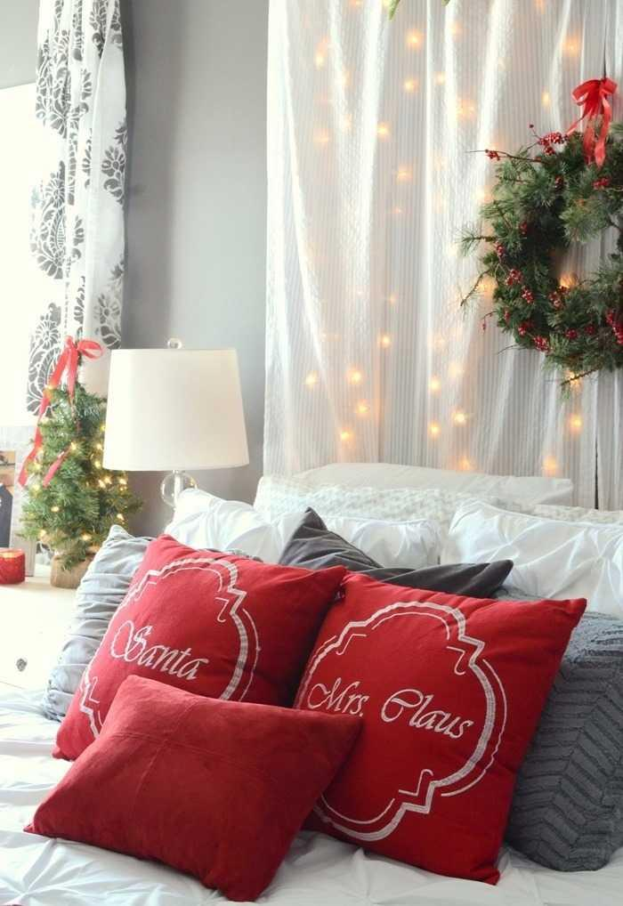 Christmas Cushions: 60 Decorating Ideas and How to Make 9