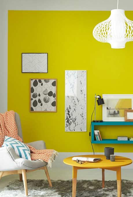Yellow facing the citrus tonality on the wall of the room