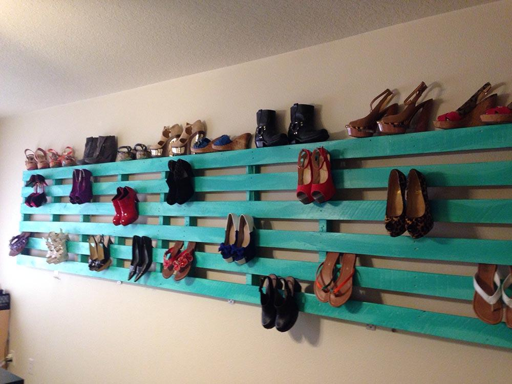 Pallet shoe in panel form
