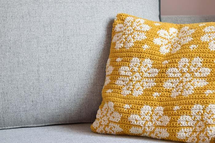 Crochet Cushion Cover for anyone who is experienced