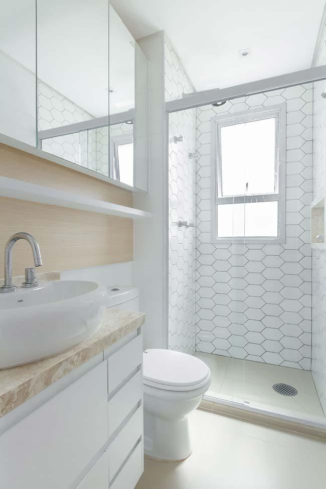 White and beige bathroom with satin porcelain tile