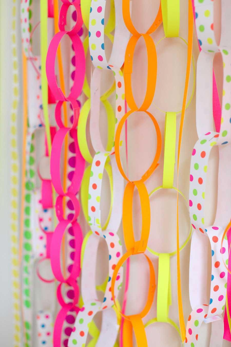 Festa Neon: 60 decorating ideas and theme photos 19