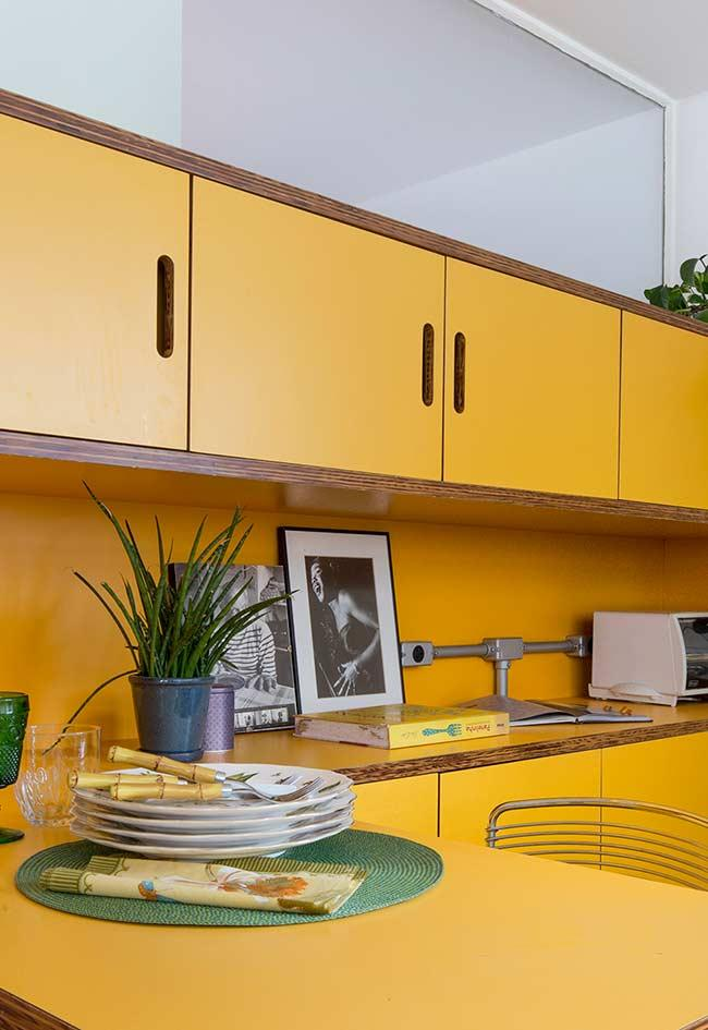 70's style yellow kitchen decoration