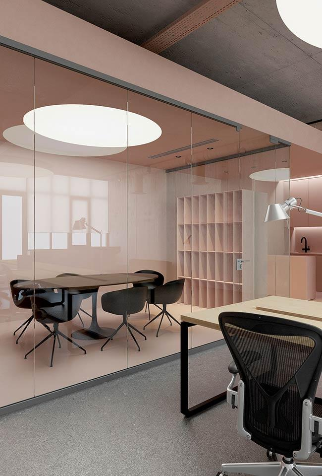Pink tumblr for work environments