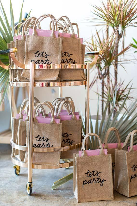 Jute sachets as souvenirs for 15 years