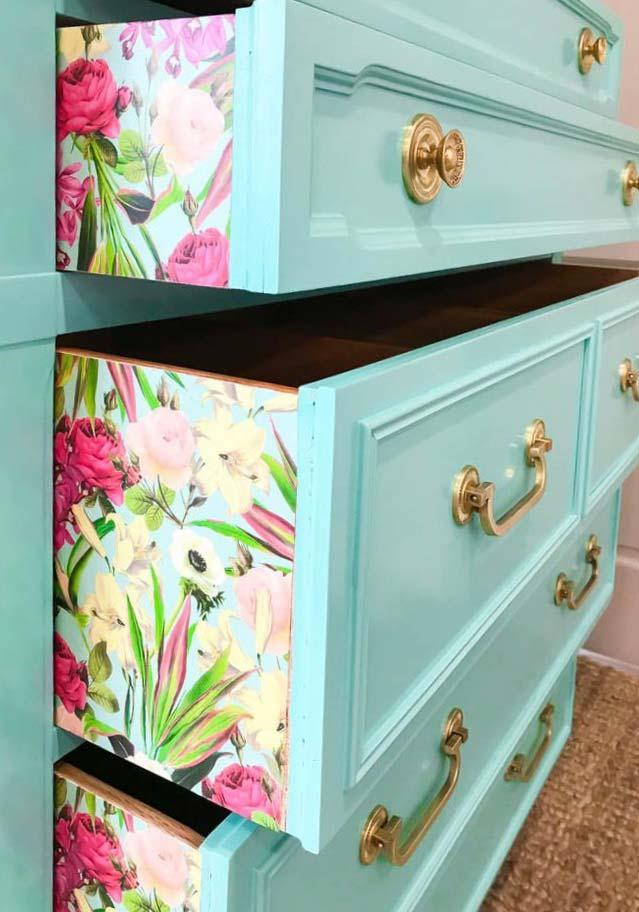 Special touch of the dresser with decoupage