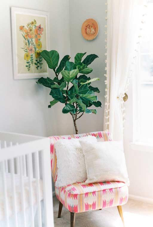 Low armchair to accompany baby growth