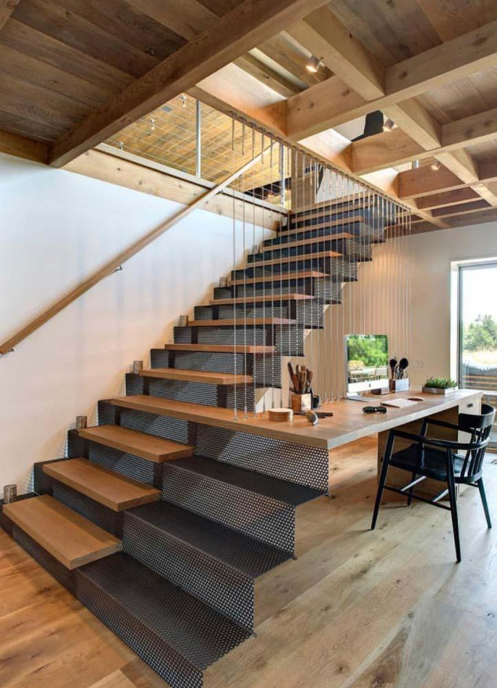 Creative idea: prolonged wooden step