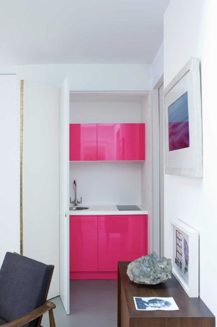 Creative idea: use your favorite colors in conventional furniture