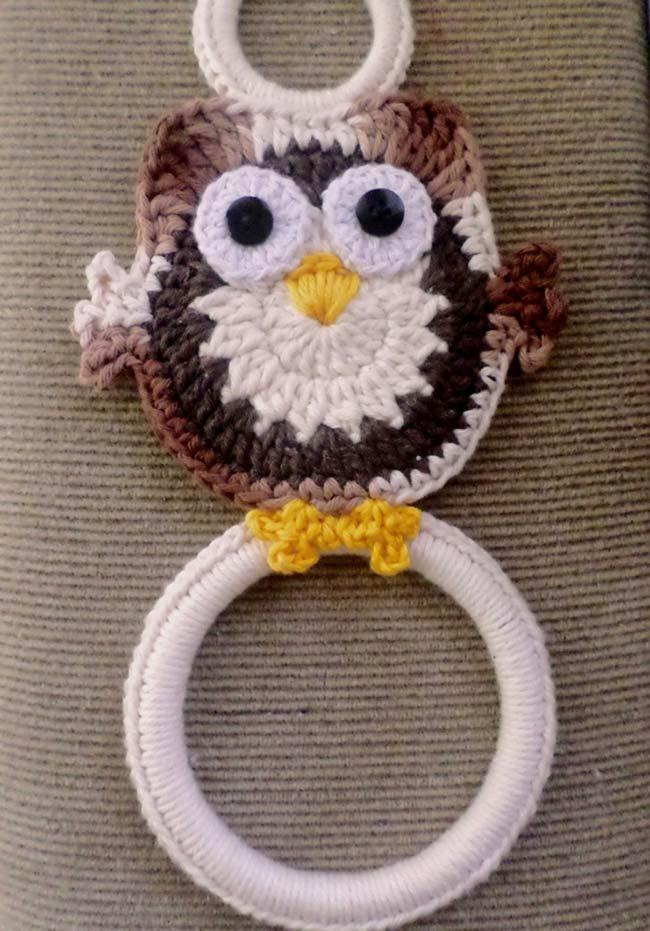 Crochet plate cloth holder with cute owl