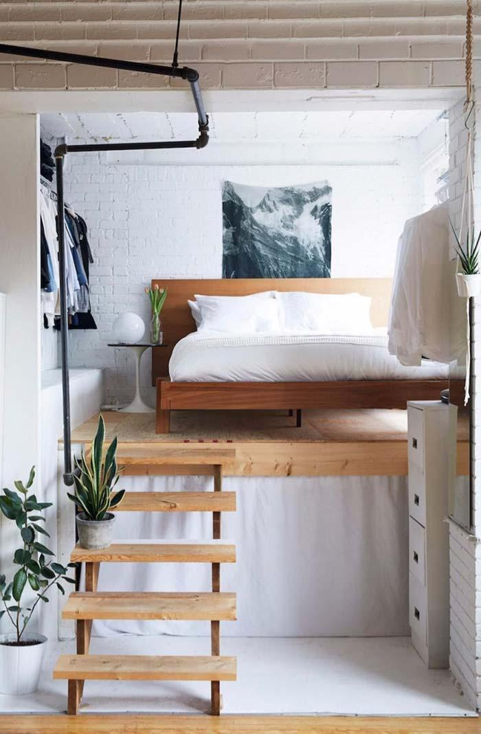 Creative idea: platform to raise the bed