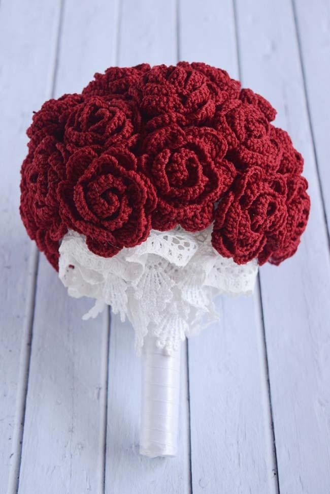 Wedding bouquet with crochet roses