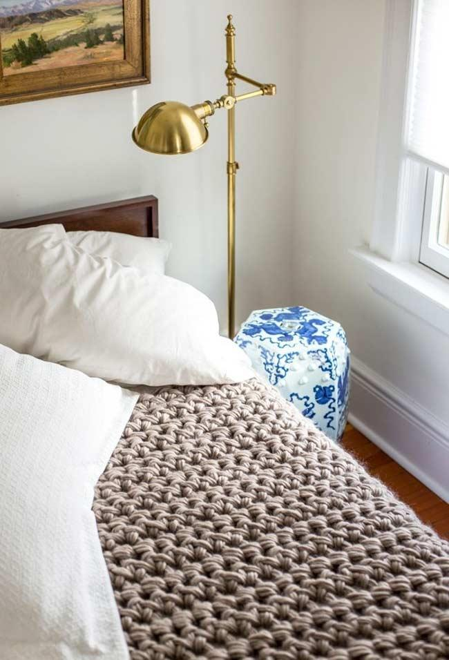 Single stitch quilt with thick twine