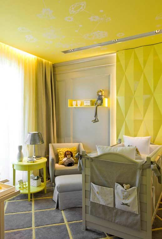 Yellow decoration for baby room