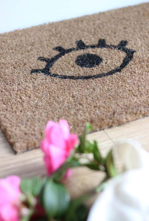 Funny doormats: welcome to brighten your home 32