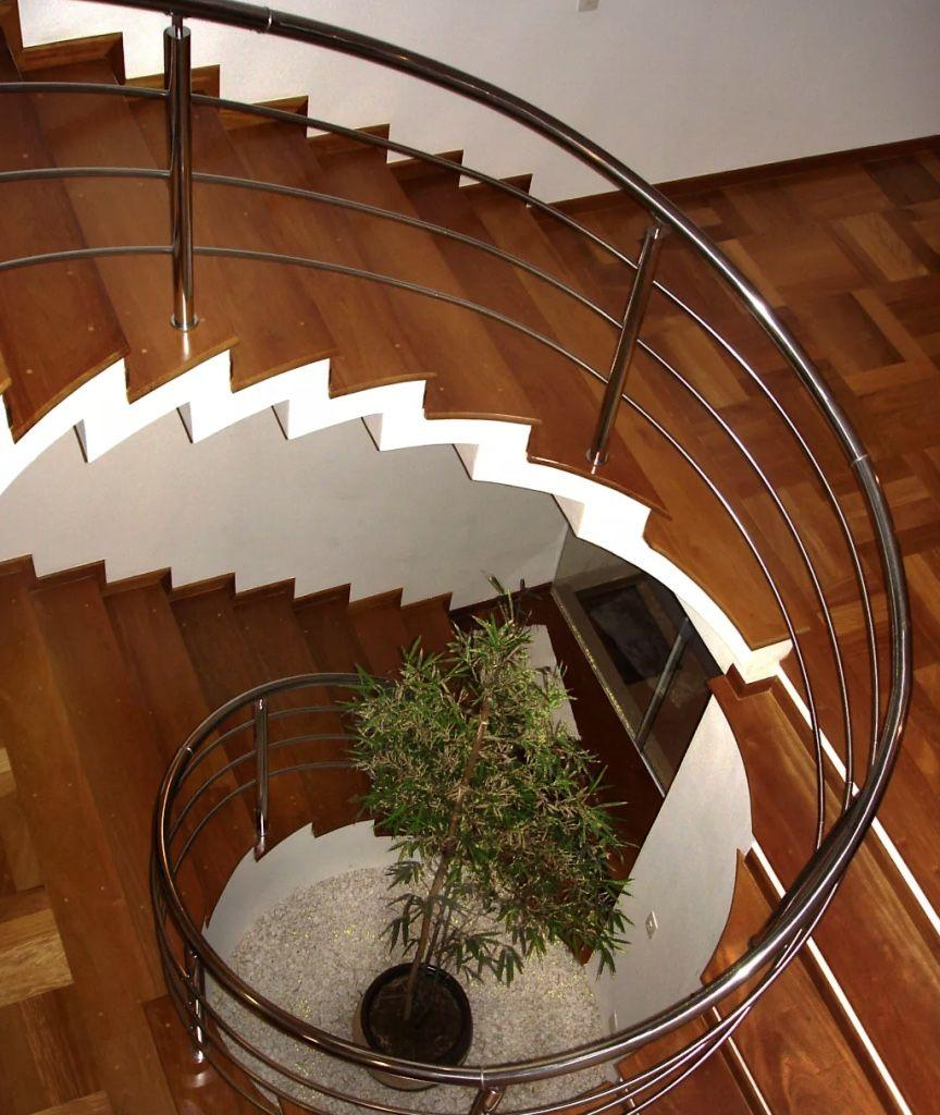 Stainless steel handrail: see tips and 60 models with photos 53