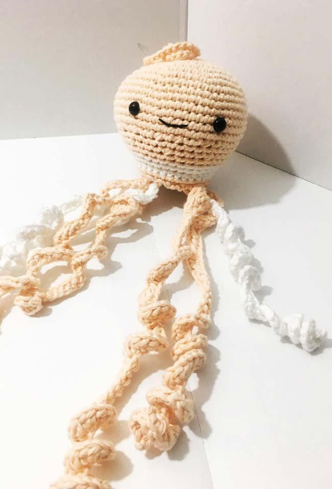 Crochet octopus with tentacles