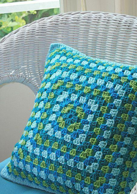 Cushion-of-croche-color-20