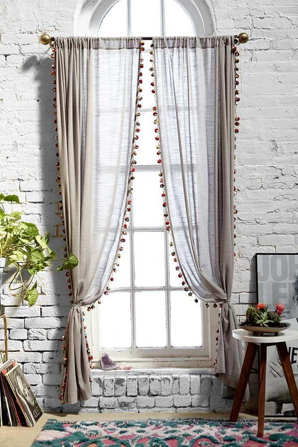 Twill curtain with fringes