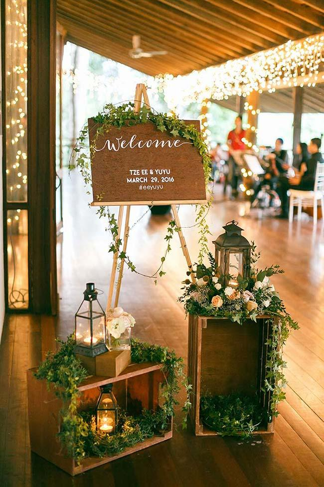 Rustic and charming reception