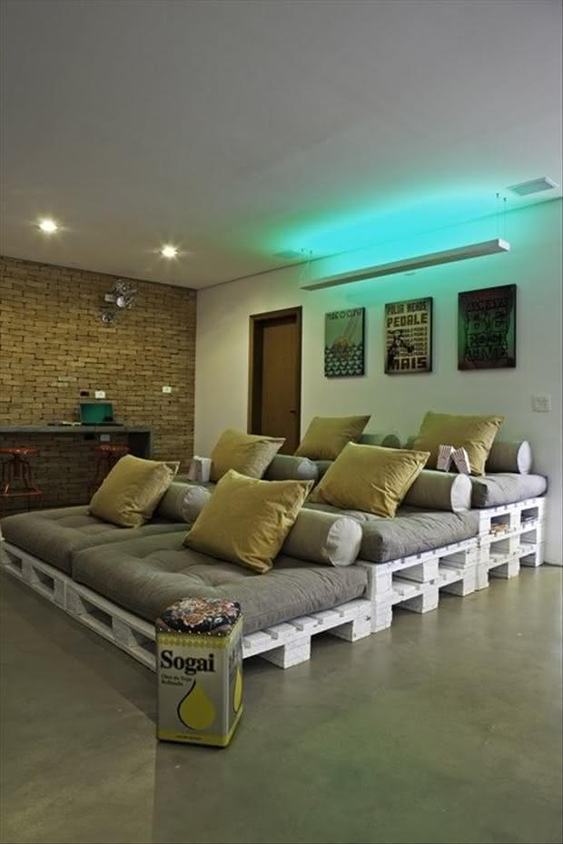 Pallet Sofa for Movie Theater