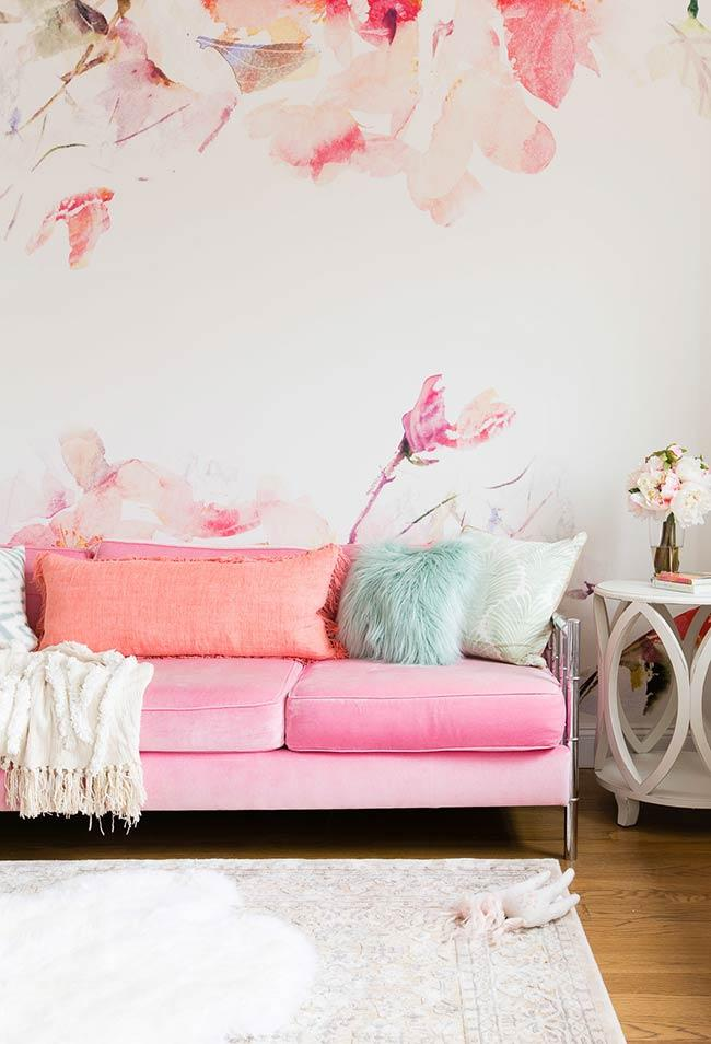 Pink and tropical shades