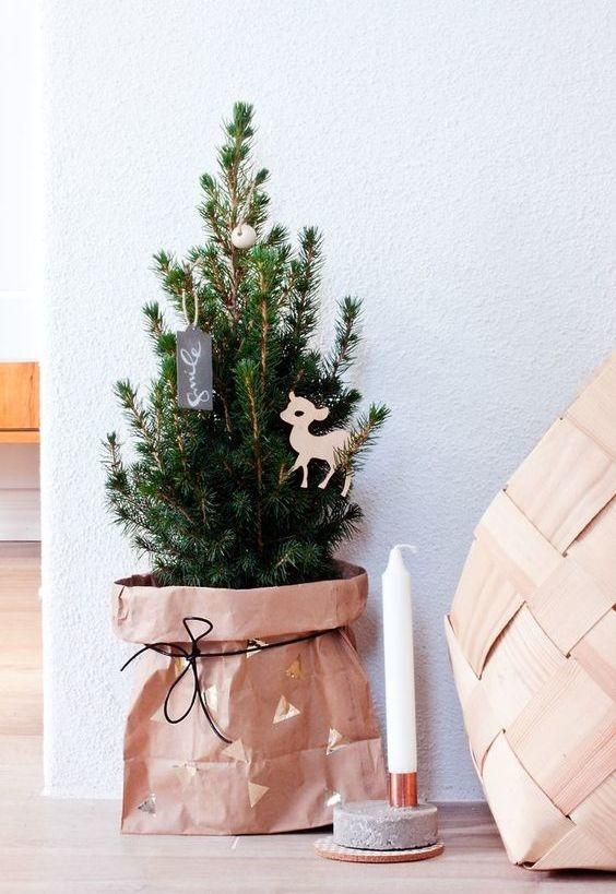 Simple and inexpensive Christmas decoration: 60 perfect ideas to inspire 17