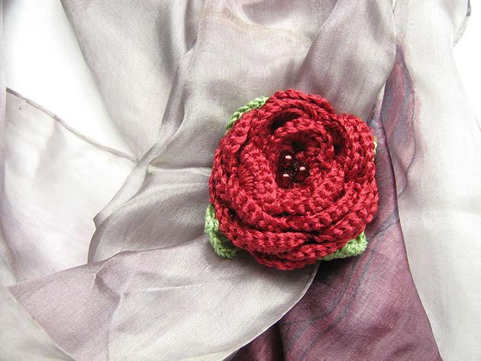 Square crochet with roses
