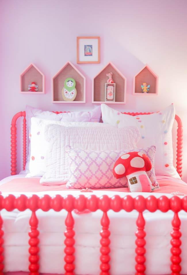 Pink tones for the children's room