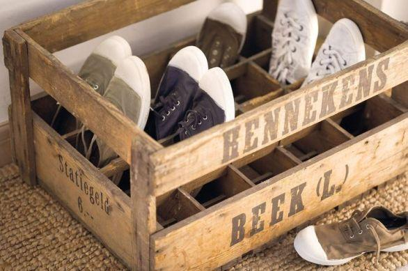 Crate with shoe rack