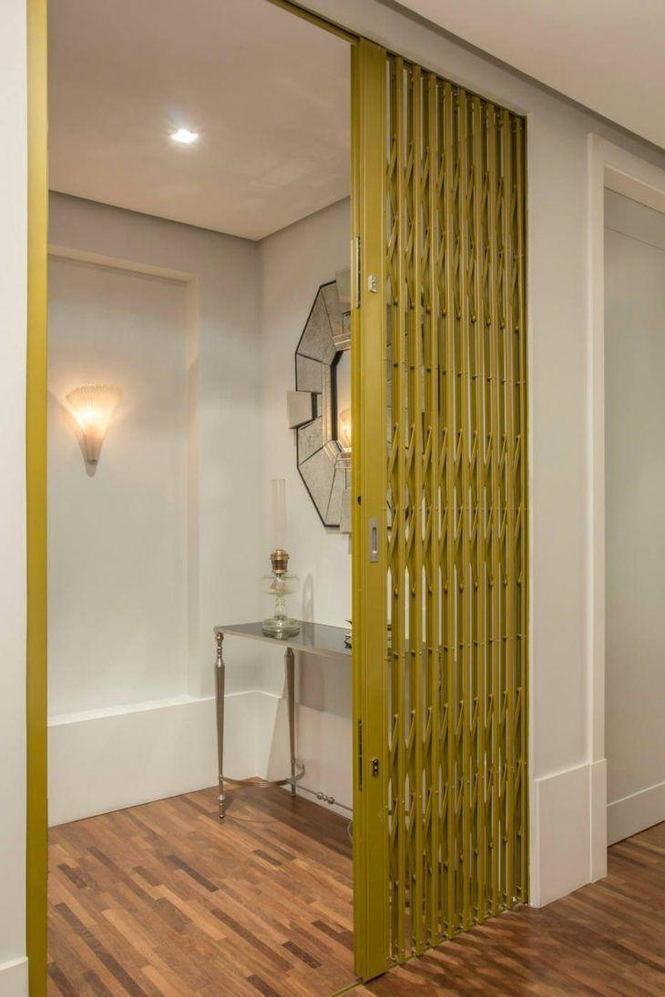 Yellow room partition