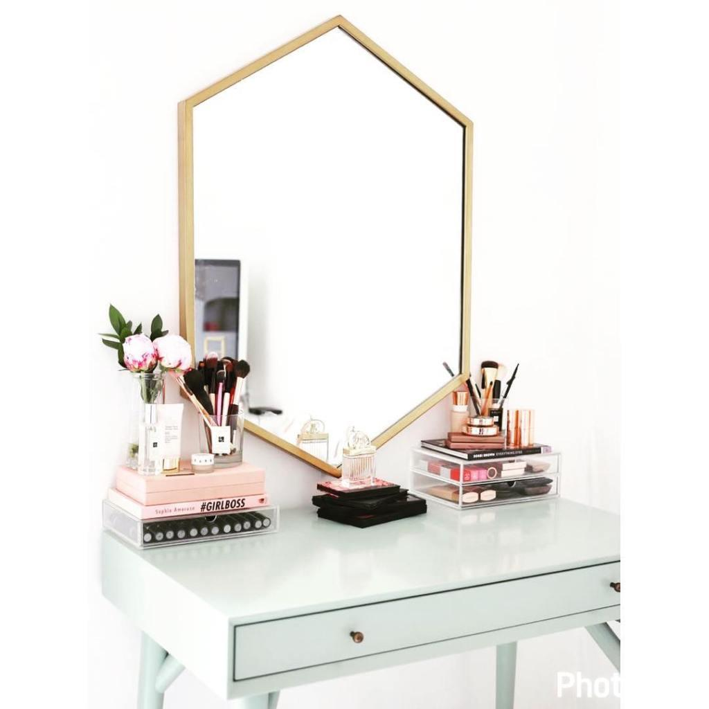 Makeup table: 60 ideas to decorate and organize 22
