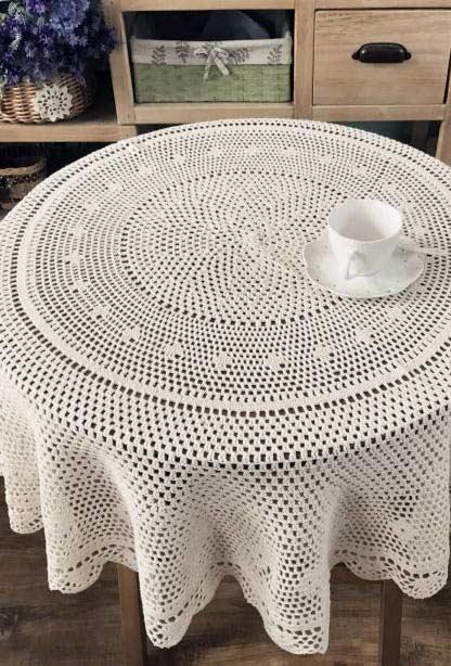 Crochet towel for a small round table