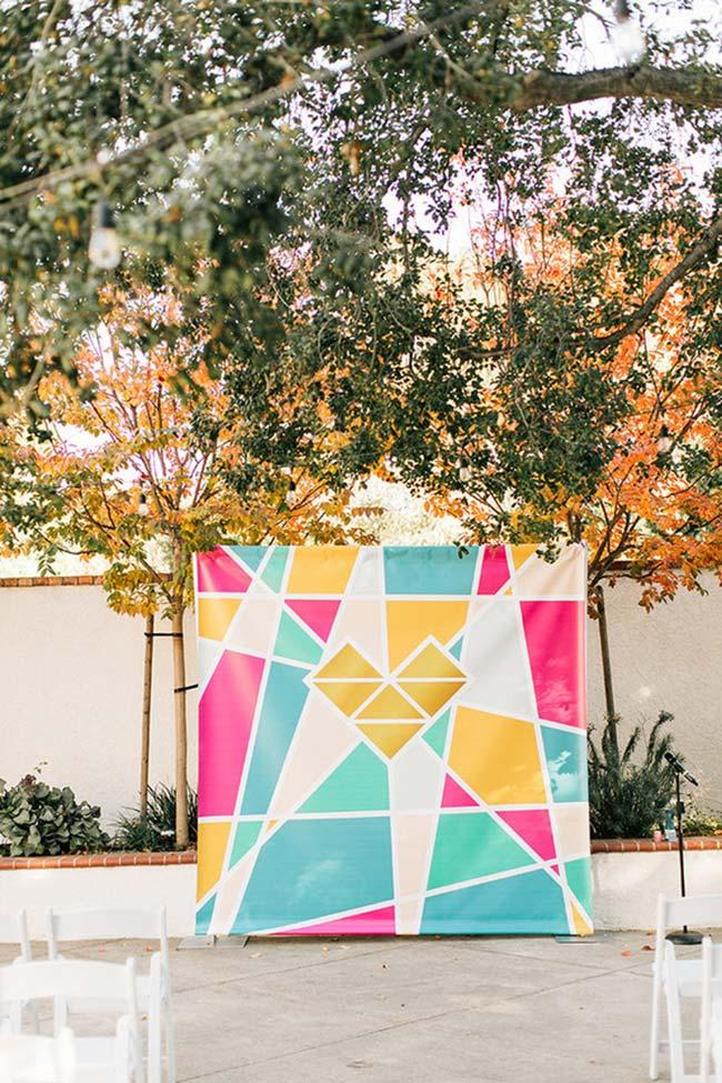 Colorful banner decorates the backyard of the house for the wedding