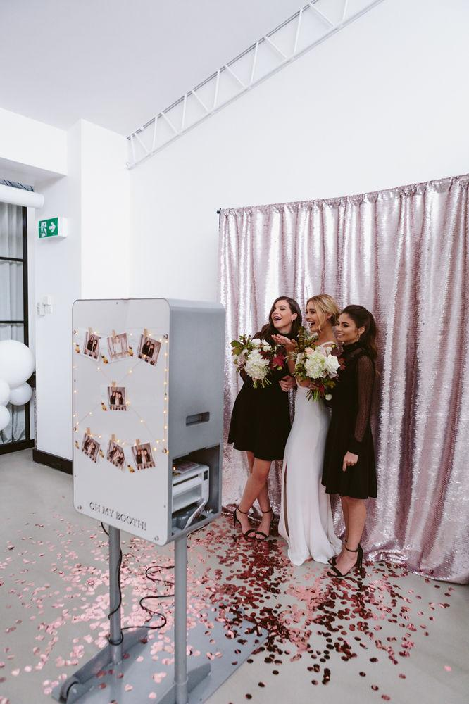 Wedding decoration 2018: photo machine that prints them on the hour makes the guests fun