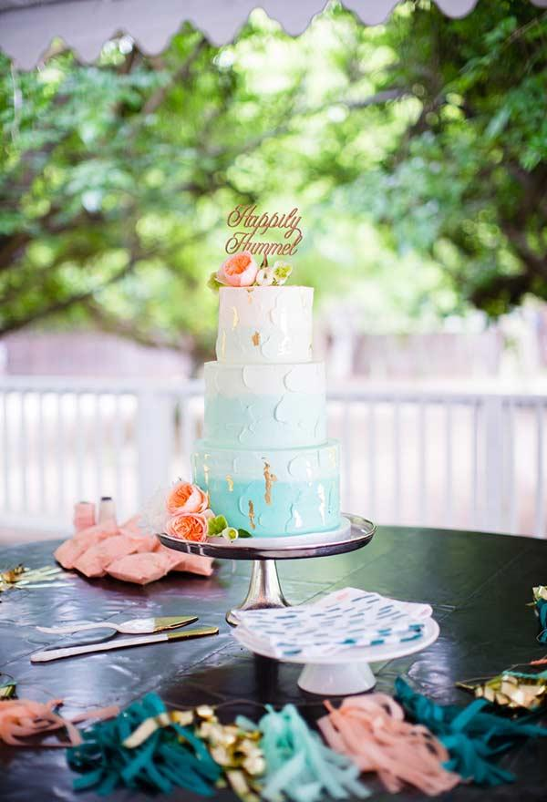 At weddings, the Tiffany blue shows itself as an alternative color