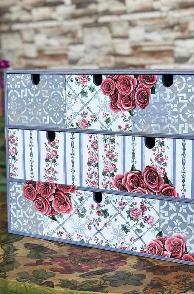 Floral prints with decoupage