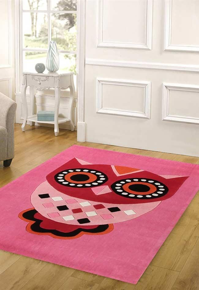 Carpet with super fun pink owl