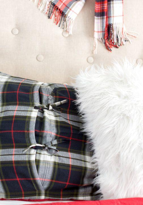 Christmas Cushions: 60 Decorating Ideas and How to Make 45