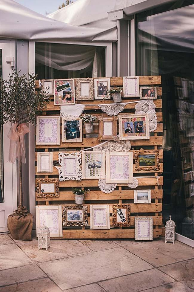 Pallet holder for cheap wedding