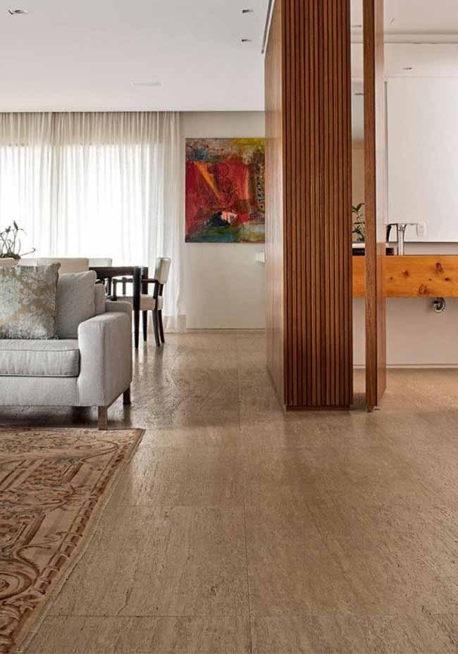 On the floor, the Roman travertine marble lavishes charm and elegance