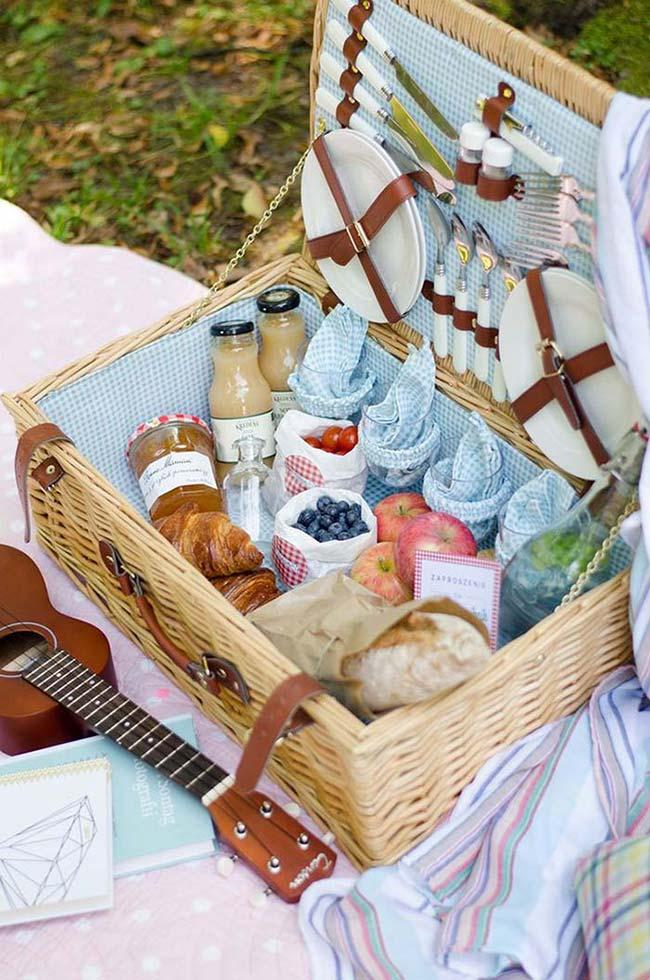 Party in box for outdoor celebration
